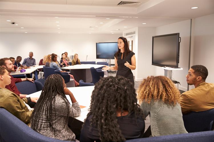 Viện ISB_du học sinh Úc bày tỏ quan điểm