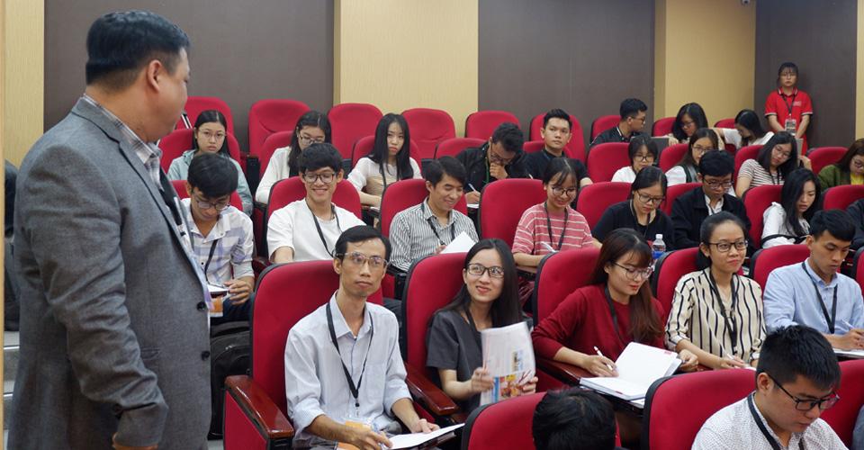 Viện ISB_Hội thảo nên và không nên đi học MBA