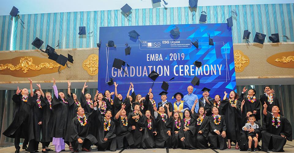 Chương trình Thạc sĩ Điều hành Cấp cao (EMBA)