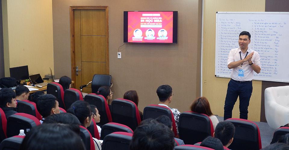 TS. Hồ Phú Hải - Giảng viên ĐH RMIT chia sẻ về tấm bằng MBA.