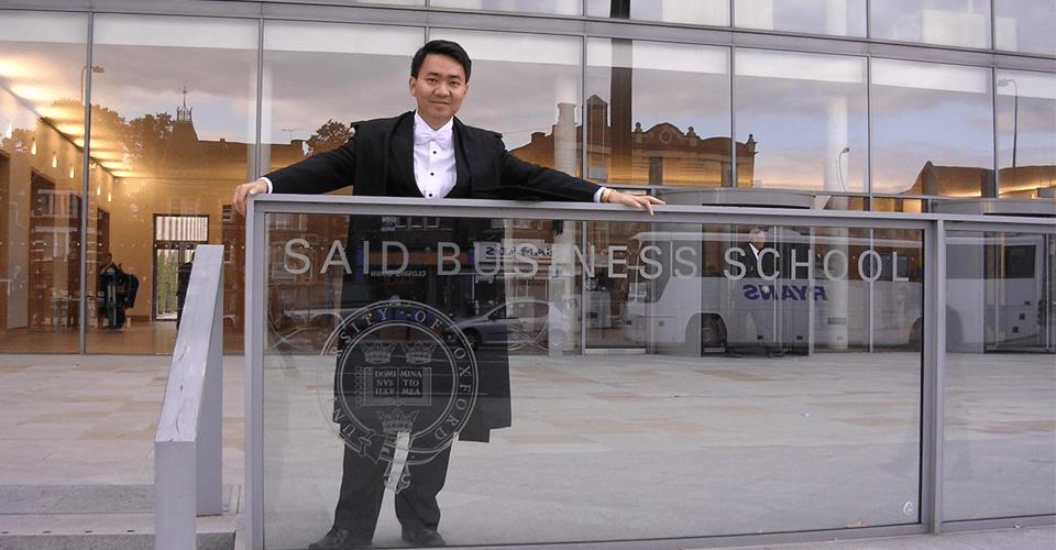 Ông Lê Trí Thông từng học thạc sĩ kinh doanh MBA tại Đại học Oxford